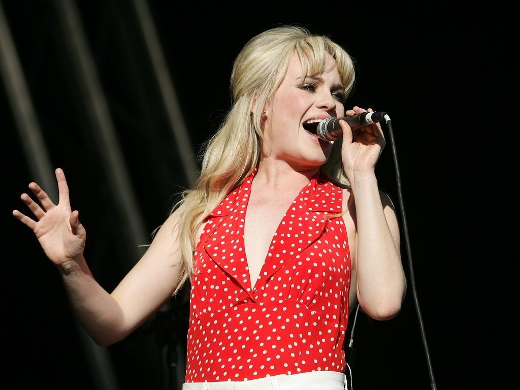 Duffy canta em festival em Perth, Austrália (05/04/2009)