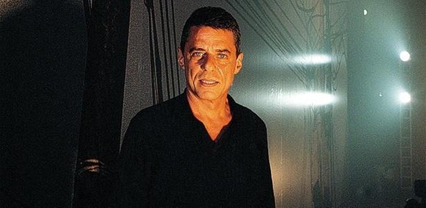 O compositor e cantor Chico Buarque de Hollanda em São Paulo (16/03/1999)