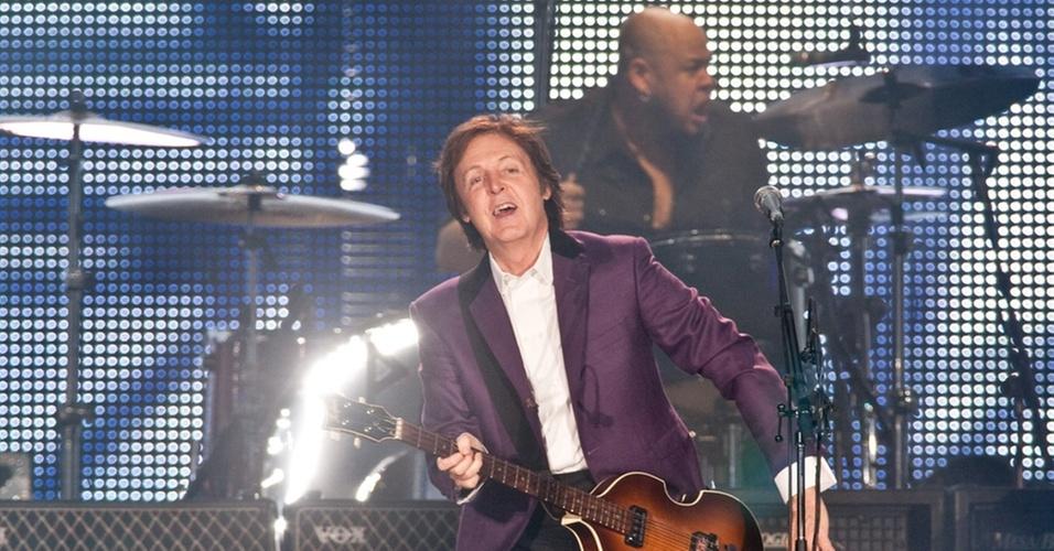 Paul McCartney em show no estádio Beira Rio, em Porto Alegre (07/11/2010)