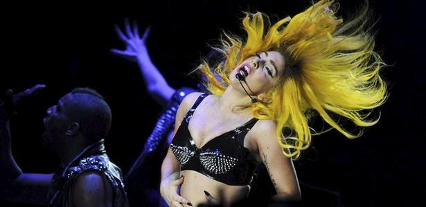 Lady Gaga durante show em Budapeste, na Hungria (07/11/2010)