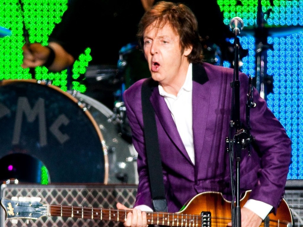Paul McCartney durante segundo show da turnê