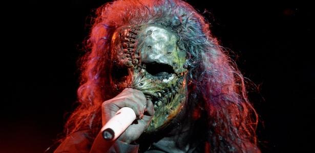 Corey Taylor, vocalista do Slipknot, canta durante show no Chimera Music Festival, em São Paulo (23/09/2005)