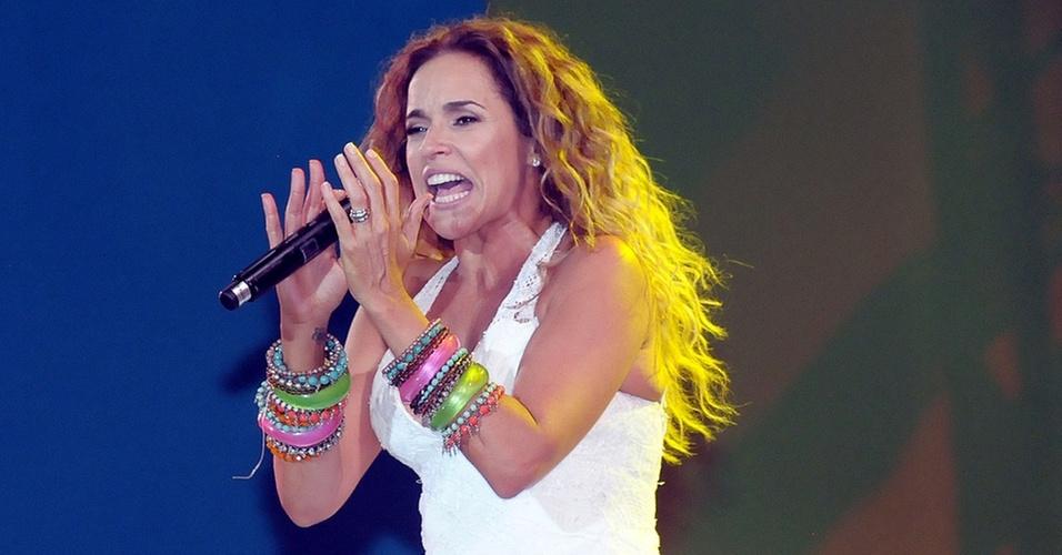Daniela Mercury canta na festa de Ano Novo na praia de Copacabana, RJ (31/12/2010)