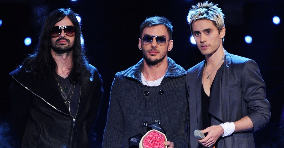 Tomo Milicevic, Shannon Leto e Jared Leto, do 30 Seconds to Mars, durante o MTV Europe Awards 2010 em Madri, na Espanha (07/11/2010)