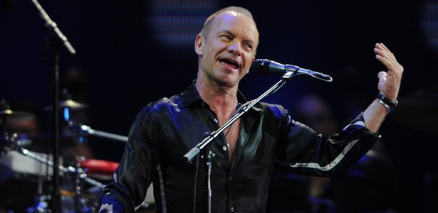 Sting se apresenta na última noite do Festival de Vinã del Mar, no Chile (25/02/2011)
