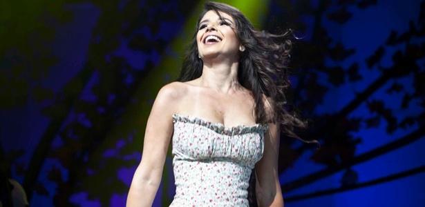 A cantora Paula Fernandes em show realizado em S�o Paulo (26/03/2011)