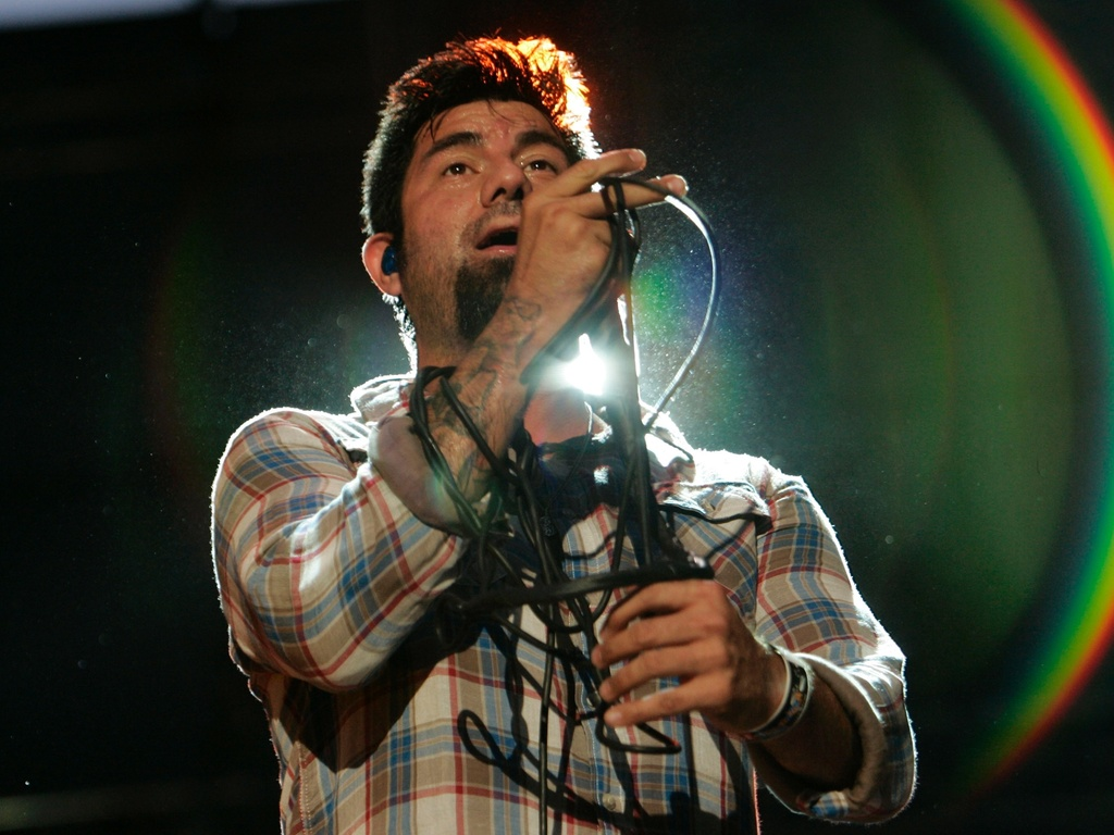 Chino Moreno em show do Deftones no Festival Lollapalooza, em Santiago, Chile (02/04/2011)