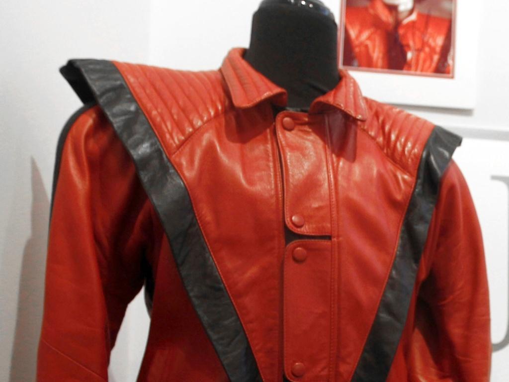 Jaqueta do Michael Jackson, usada no clipe
