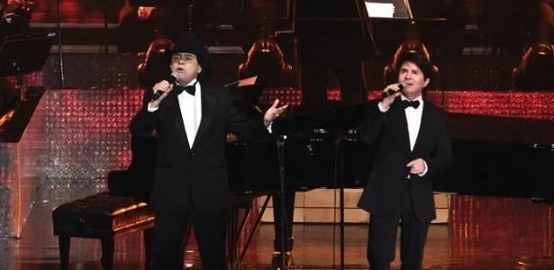 Chitãozinho & Xororó gravam DVD em comemoração aos 40 anos de carreira (1/8/11)