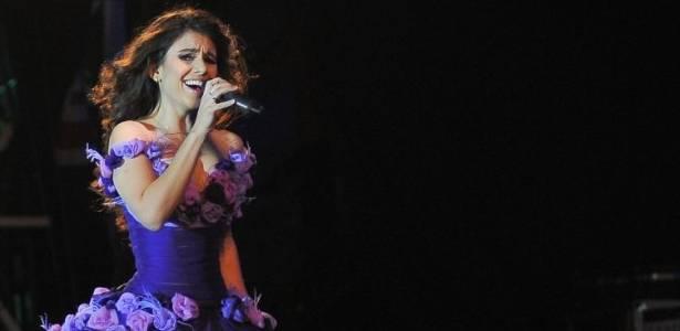 Paula Fernandes se apresenta na Festa do Peão de Barretos 2011 (18/8/11)