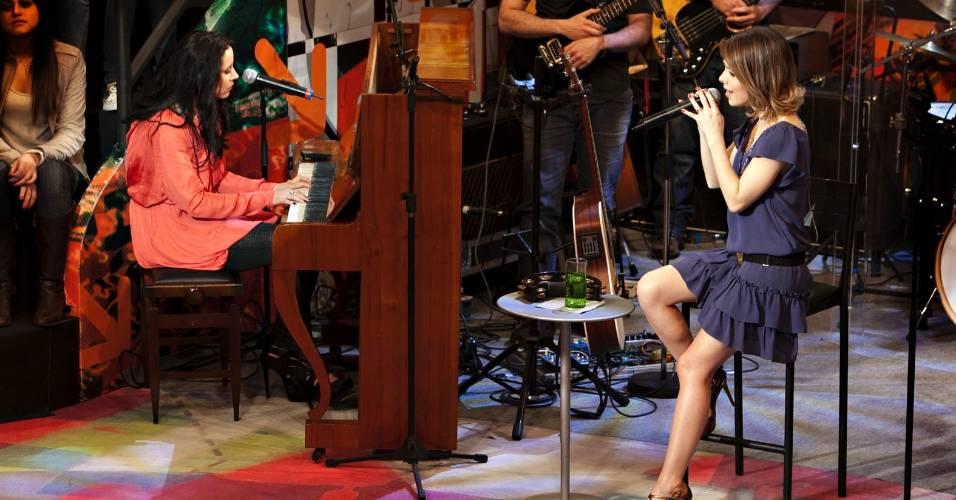 As cantoras Nerina Pallot e Sandy em foto de divulgação