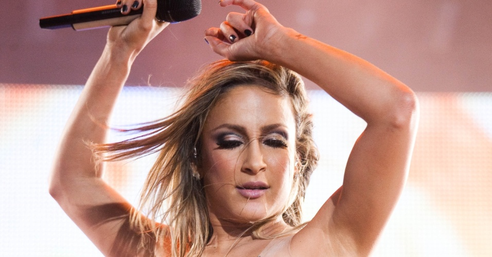 A cantora Claudia Leitte se apresenta no Palco Mundo do Rock in Rio 2011, durante o primeiro dia do festival &#40;23/9/11&#41;