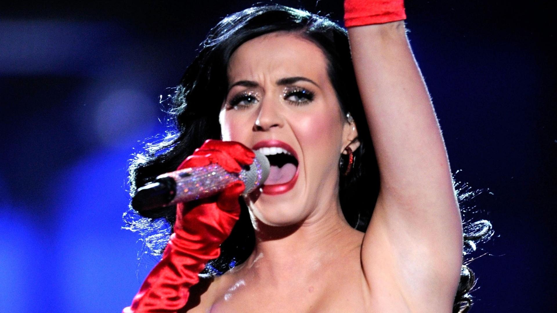 Katy Perry se apresenta no