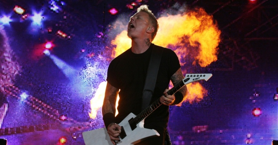 James Hetfield, do Metallica, encerra terceira noite de shows do Rock In Rio (25/09/2011)
