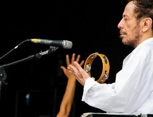 Tom Zé passa o som antes de tocar no Rock in Rio (2/10/2011)