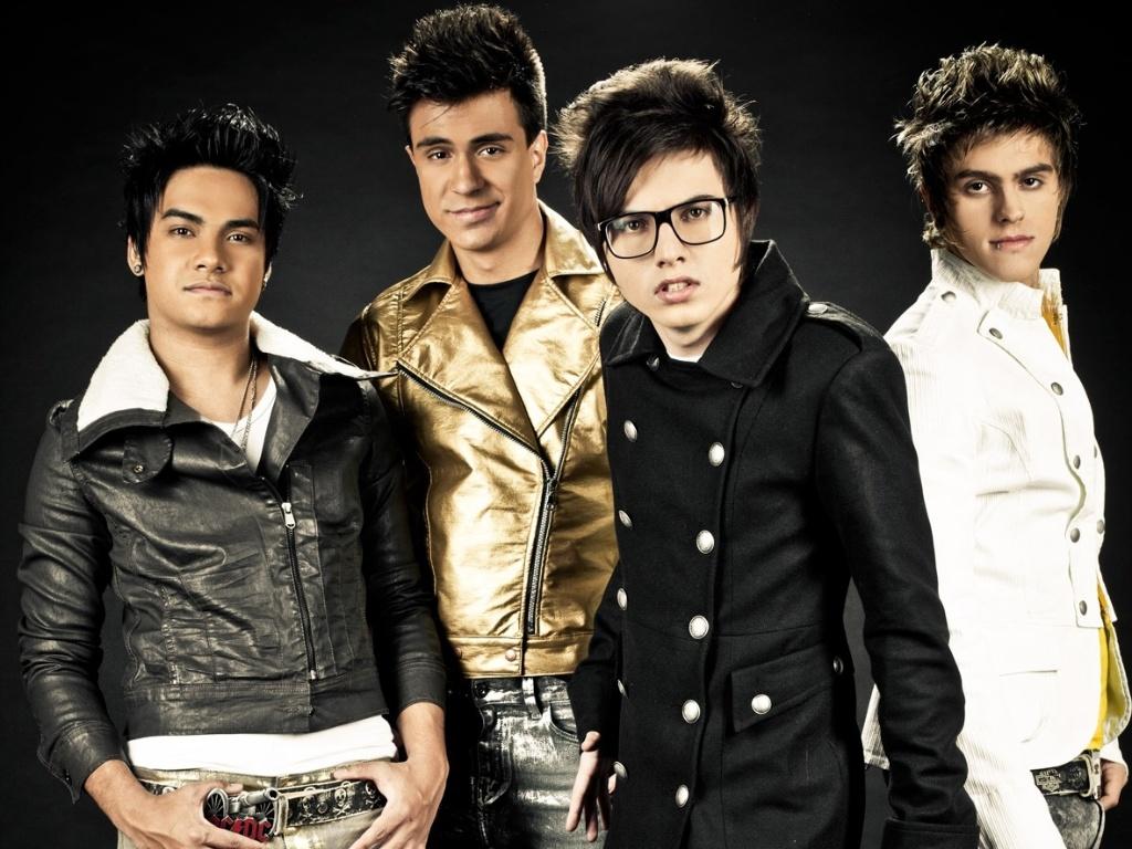 A banda Restart em foto de divulgação do novo álbum