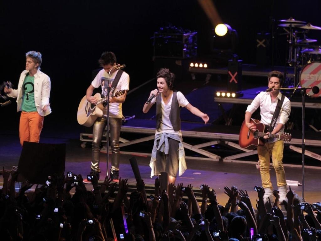 Restart apresenta apenas quatro músicas inéditas no show de lançamento do álbum