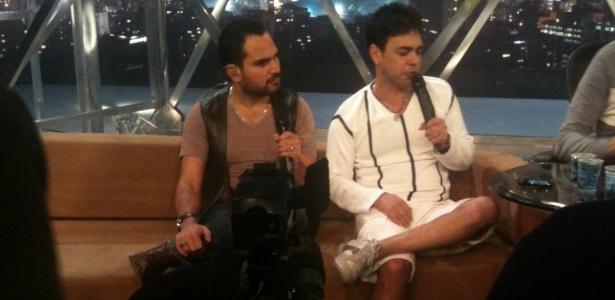 Luciano e Zezé Di Camargo durante gravação do