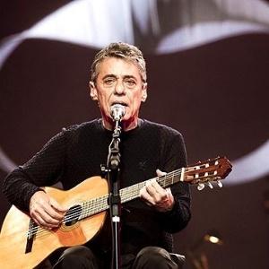 O cantor e compositor Chico Buarque durante a passagem de som em Belo Horizonte