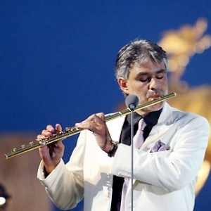 O tenor italiano Andrea Bocelli faz show gratuito em Belo Horizonte