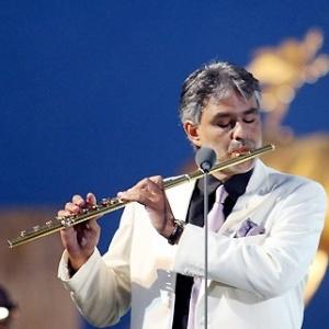 O tenor italiano Andrea Bocelli faz show gratuito em Belo Horizonte