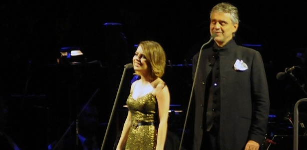 Pela 1ª vez em BH, Andrea Bocelli mescla erudito ao pop e emociona em duetos com Sandy (6/11/2011)