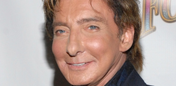 O cantor e compositor Barry Manilow na estreia de Follies em Nova York (12/9/11)