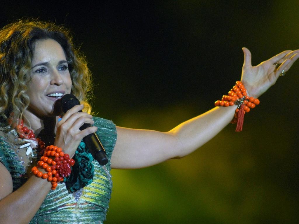 Daniela Mercury se apresenta no Rio Verão Festival, no Engenhão (3/3/12)