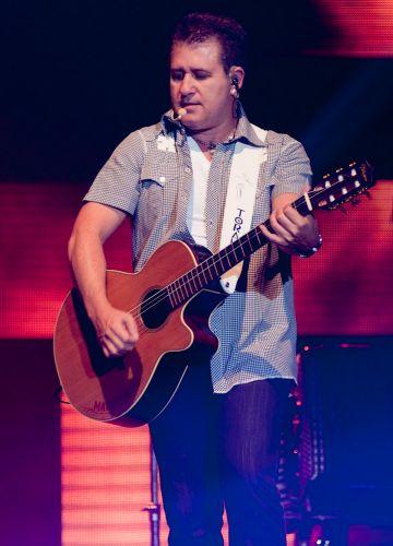 Marrone durante show no Citibank Hall, Rio de Janeiro (28/01/2011)