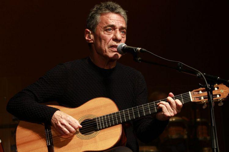 Chico Buarque se prepara para turnê em São Paulo e faz passagem de som no HSBC Brasil em São Paulo (29/2/12)
