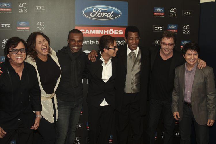 Chitãozinho e Xororó comemoram 40 anos de carreira e gravam DVD com a participação de diversos convidados em São Paulo (1/8/11)