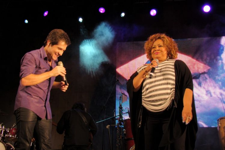 O sertanejo Daniel se apresenta na 1ª edição do Brazilian Day Portugal no Passeio Marítimo de Algés, em Oeiras. O cantor dividiu o palco com a cantora Alcione (15/05/2011)