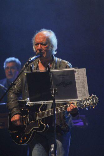 Erasmo Carlos faz show em São Paulo e canta seus maiores sucessos (14/9/11)