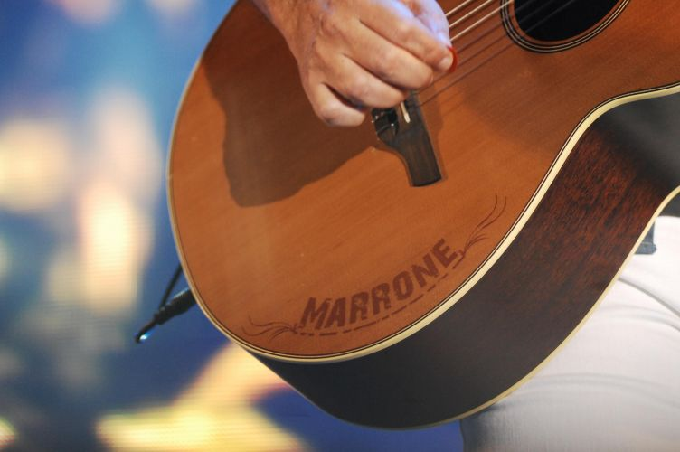 Bruno & Marrone faz show na Festa do Peão de Barretos (19/8/11). Nos últimos 10 anos, a dupla foi responsável pela quebra de vários recordes de público na festa