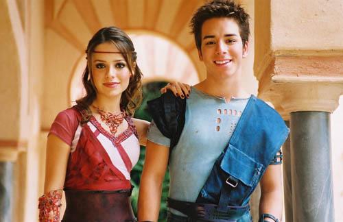 Sandy e Junior em foto de divulgação do filme