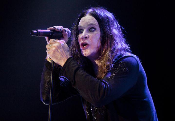 Ozzy Osbourne durante show da turnê que promove o disco