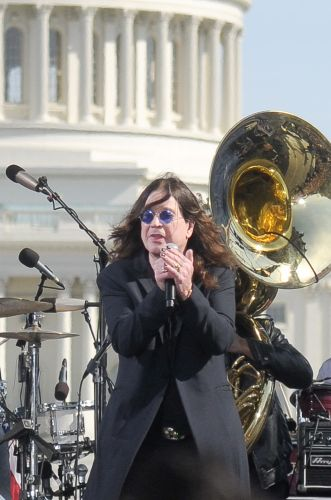 Cantor britânico Ozzy Osborne durante show em Washington, nos Estados Unidos (30/10/2010)