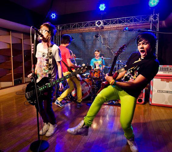 O Megashow com a banda Restart, um dos destaques do pop rock brasileiro em 2010, foi ao ar em outubro. Além de canções presentes no primeiro disco do grupo, o Restart mostrou novidades exclusivas, como duas canções em espanhol