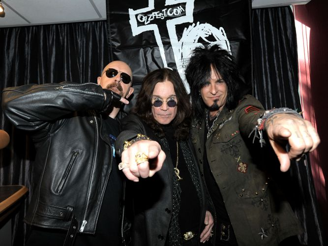 Ozzy Osbourne vai voltar ao Brasil em 2011 para uma série de shows por cinco cidades com a turnê do último álbum do cantor,