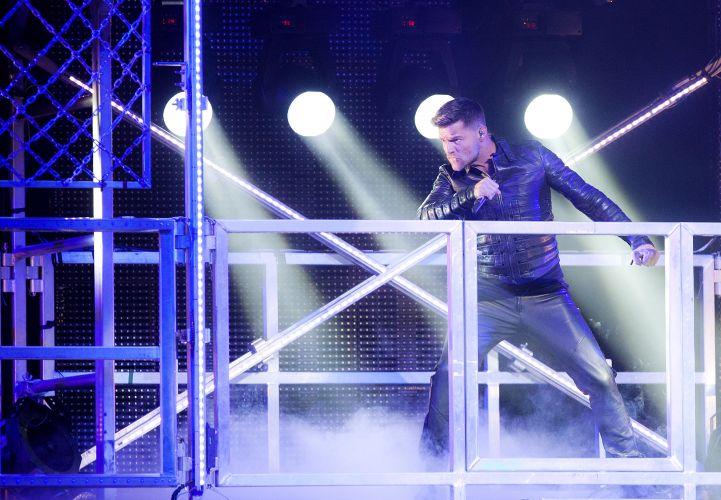 O cantor porto-riquenho Ricky Martin abre o show