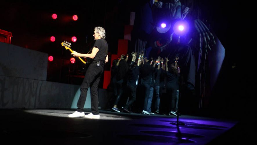 Em apresentação da turnê