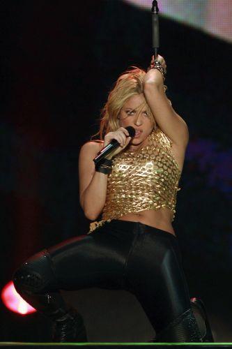Shakira durante apresentação no Pop Music Festival, em Buenos Aires (05/03/2011)
