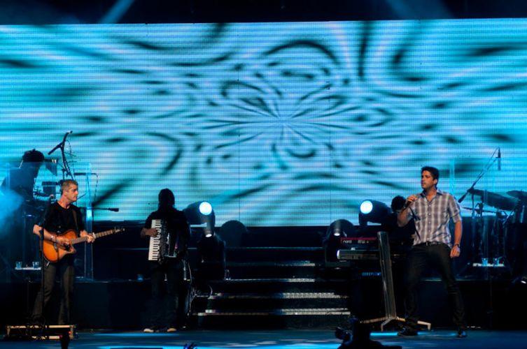 Victor e Leo cantam no Rio de Janeiro na noite de sábado (15). Os músicos já acumulam prêmios no currículo como o Tim de Música 2007, na categoria Full Track, e o Multishow 2010, como Melhor Artista Sertanejo (15/01/2011)