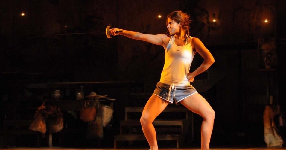 Priscila Fantin durante ensaio da peça