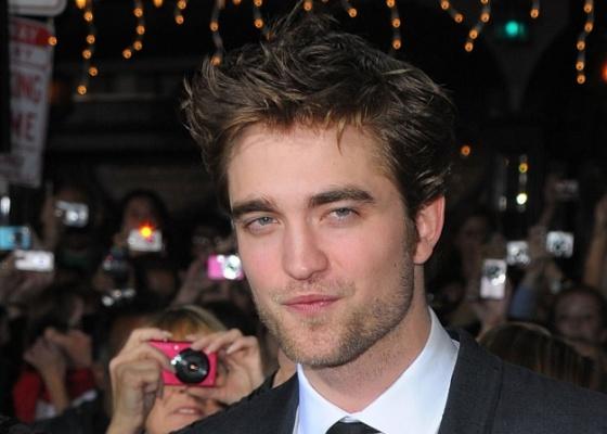 Robert Pattinson na première de