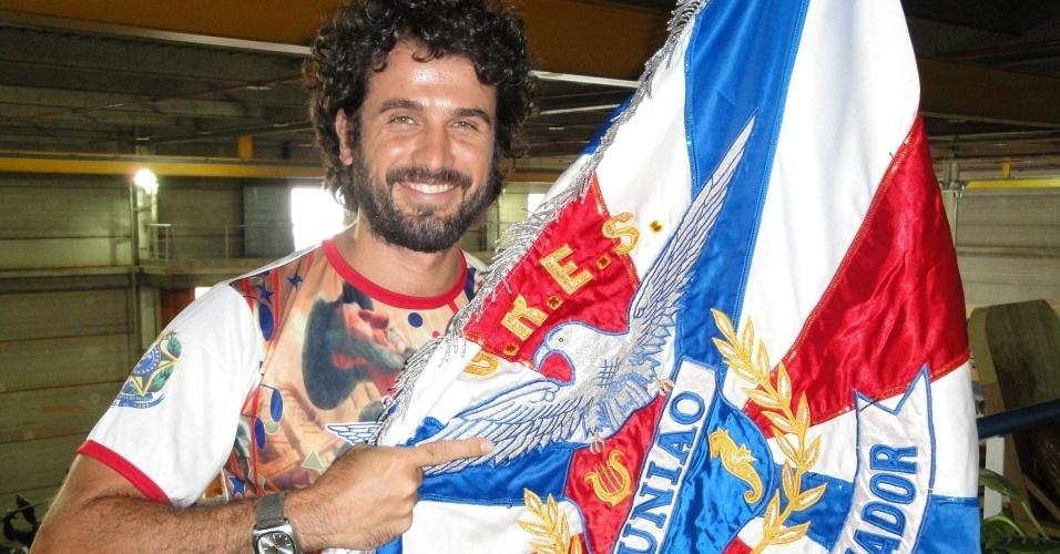 Ator Eriberto Leão estreará no Sapucaí como Dom Quixote, na escola União da Ilha