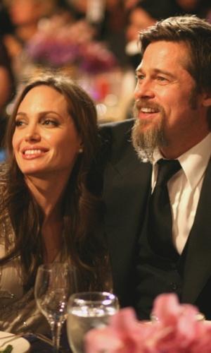 Angelina Jolie e Brad Pitt no UNICEF Snowflake Ball em Beverly Hills (10/12/2009)