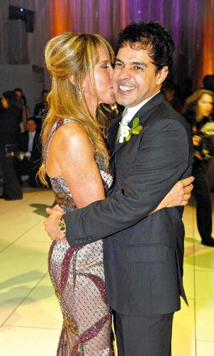 Zilú e Zezé Di Camargo no casamento da filha Wanessa (26/05/2007)