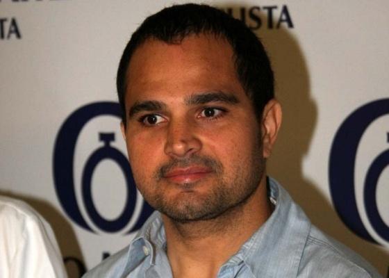 Luciano durante entrevista coletiva na Pró-Matre, em São Paulo (25/2/10)