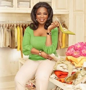Oprah Winfrey doa objetos pessoais para leilão beneficente no site e-Bay. Toda a renda será destinada à Oprah Winfrey Leadership Academy, que cuida de meninas de baixa renda em Johanesburgo, na África do Sul